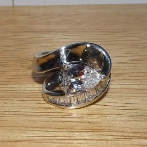 STERLING 925 CZ TEADROP BAGUETTE RING SIZE 5.5
